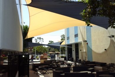RESTAURANT SHADE COVERS