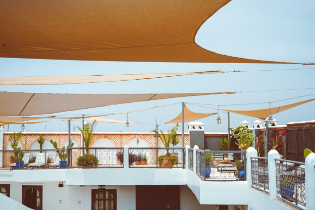 4 Signs That You Need to Replace Your Shade Sails